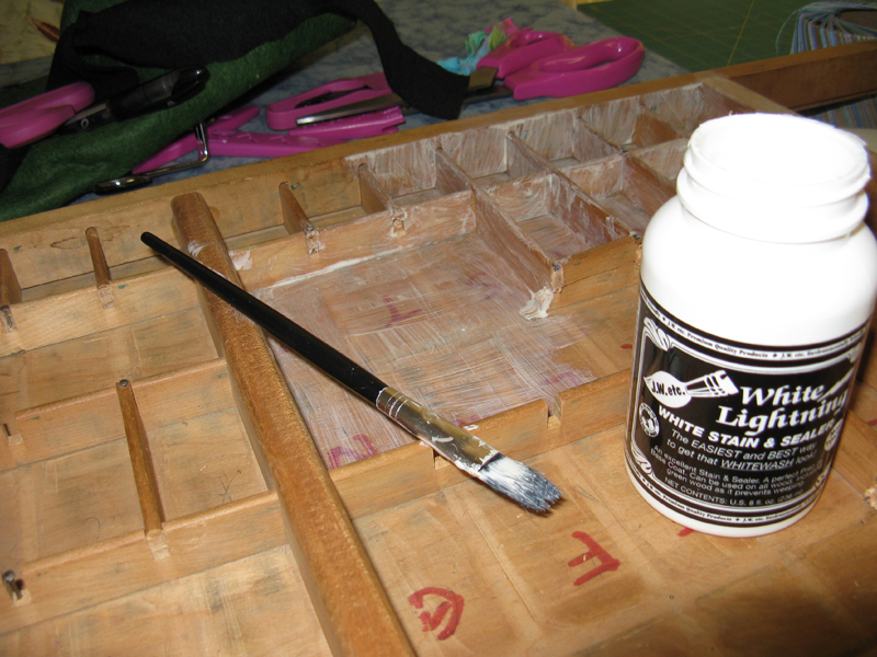 coat-tray-with-white-lightening-sealant