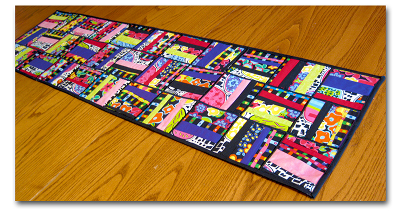 Incredibly Easy Table Runner, by Liz Kettle